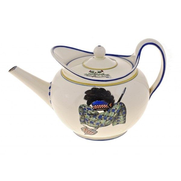WEDGWOOD QUEENSWARE TEAPOT AND COVER Image